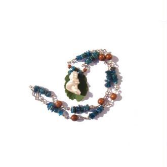 Douceur et Intuition : Collier Coquillage, Apatite, Bois 46,5 CM