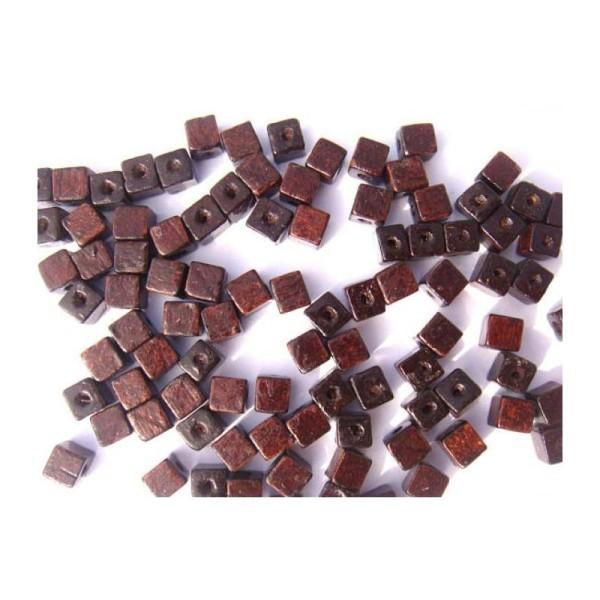 50 Perles cubes en Bois Foncé 6 MM environ de côtés - Photo n°1