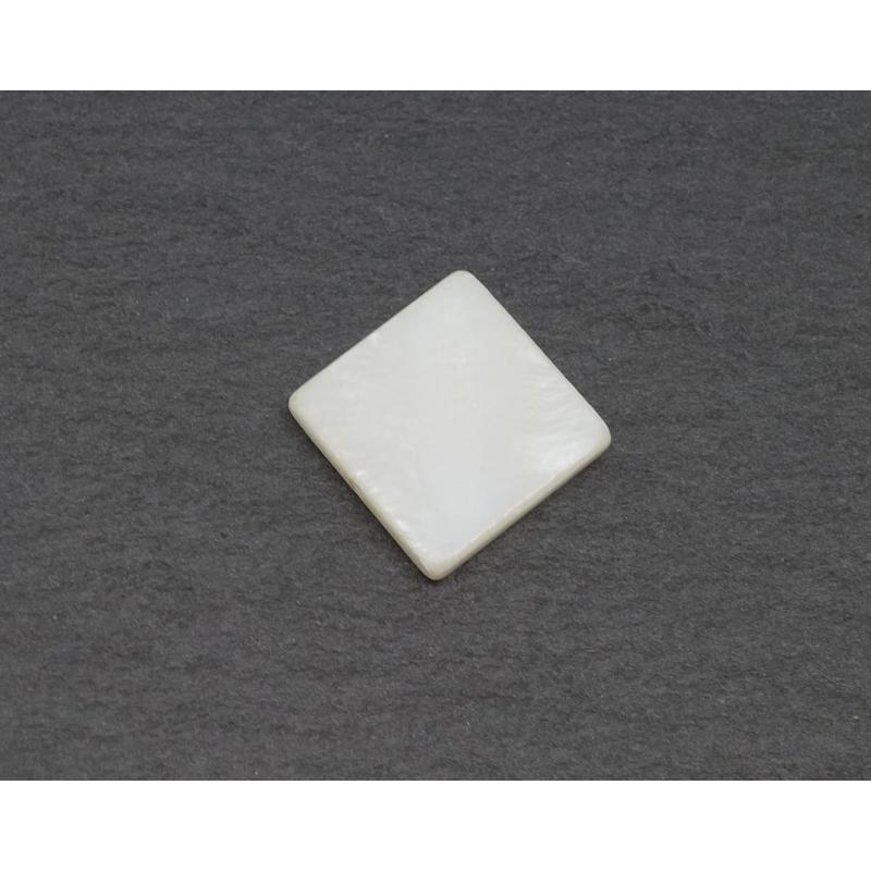4 perles en nacre carr de couleur blanc cass ivoire nacr pierres fines creavea - Blanc comme l ivoire ...