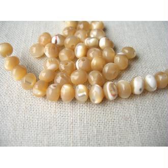 10 Perles de nacre coquillage beige écru 6x4mm