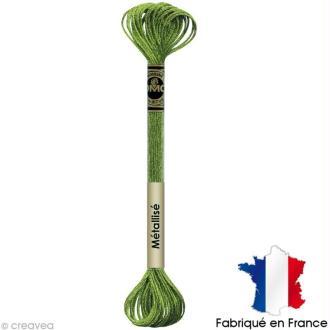 Fil à broder DMC mouliné Effet lumière - Effet bijoux Vert printemps E703 - Echevette 8 m