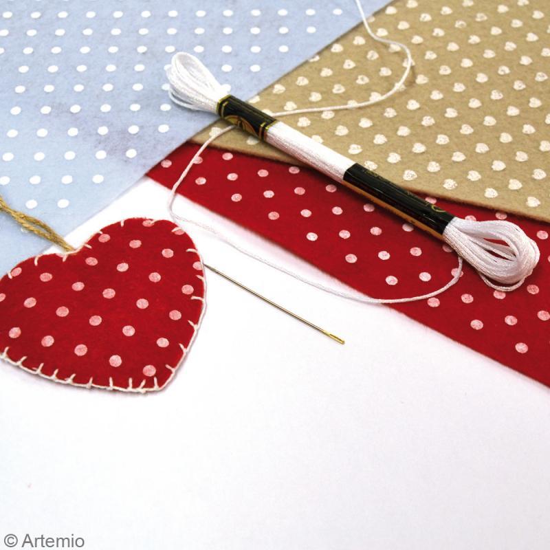 Feutrine à motifs Artemio 1 mm 30 x 30 cm - Pois Rouge - Photo n°2