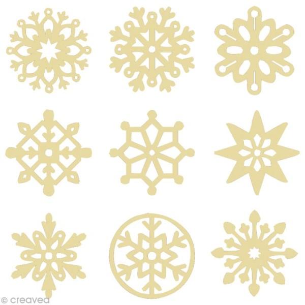 Set de mini silhouettes en bois Flocons de neige x 27 - Photo n°1