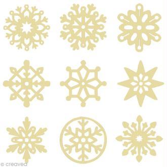 Set de mini silhouettes en bois Flocons de neige x 27