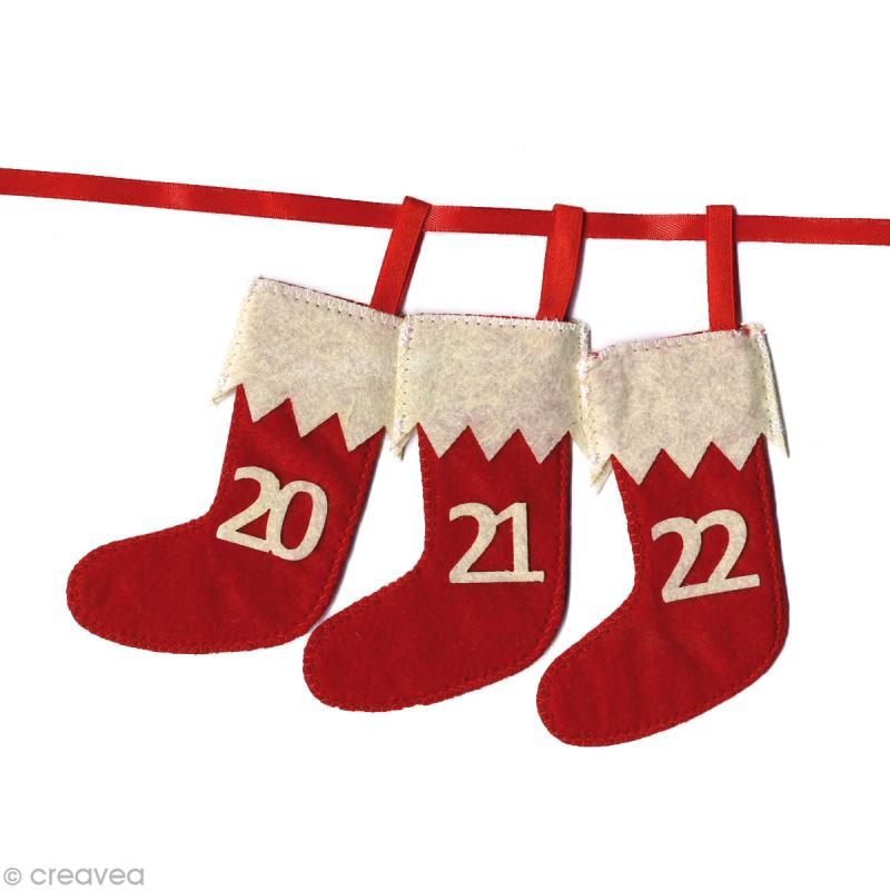 kit calendrier de l 39 avent chaussettes en feutrine x 24 calendrier de l 39 avent creavea. Black Bedroom Furniture Sets. Home Design Ideas