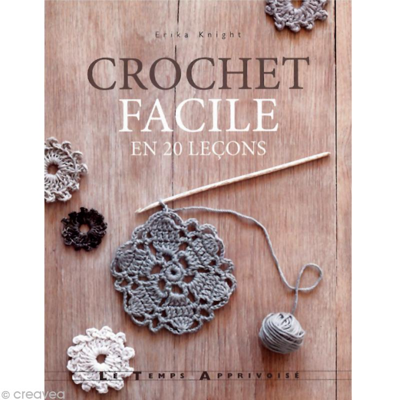 Livre crochet crochet facile en 20 le ons erika knight for Decoration de cuisine en crochet