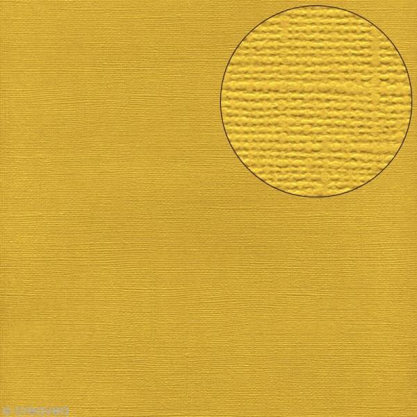 Papier scrapbooking Bazzill 30 x 30 cm - Texture - Sunbeam (jaune) - Photo n°1