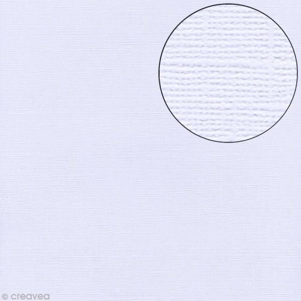 Papier scrapbooking Bazzill 30 x 30 cm - Texture - Powder blue (bleu pâle) - Photo n°1