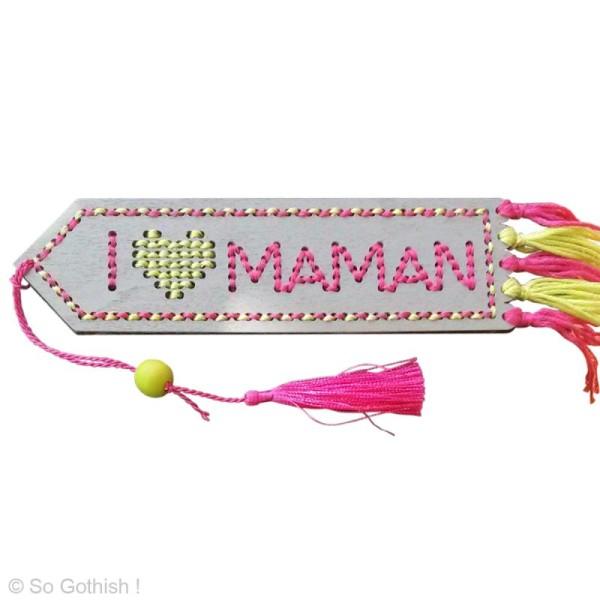 Kit Marque page en bois à broder 14 x 4 cm - I Love Maman - Photo n°2