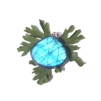 Labradorite : Pendentif fait main 4,6 CM de hauteur x 4 CM de largeur max