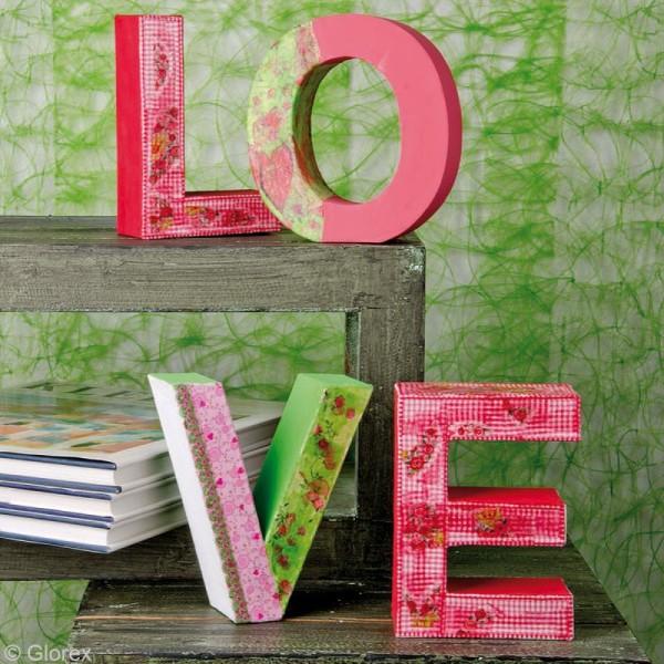 Lettre en carton E qui tient debout  - 17,5 x 13 x 5,5 cm - Photo n°2