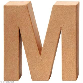 Lettre en carton M qui tient debout  - 17,5 x 17 x 5,5 cm