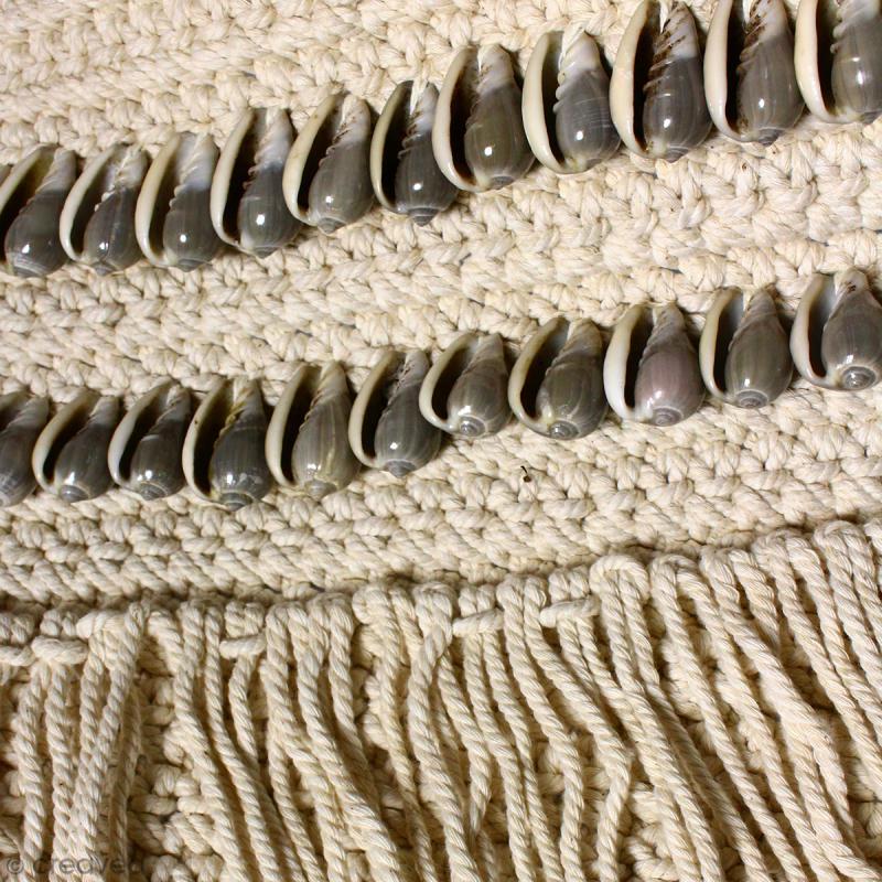 Tissage mural fanion en macramé déco - Coquillage gris - 105 x 45 cm - Photo n°3