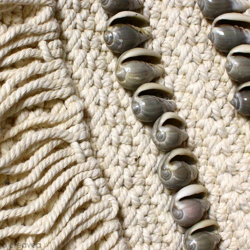 Tissage mural fanion en macramé déco - Coquillage gris - 105 x 45 cm - Photo n°4
