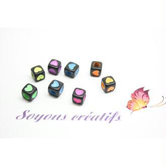 50 Perles Acryliques  Cubes Noir Coeur Multicolores 6Mm -