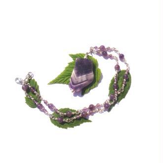 Améthyste : Collier perles et palet multicolore 45,5 CM de tour de cou minimum
