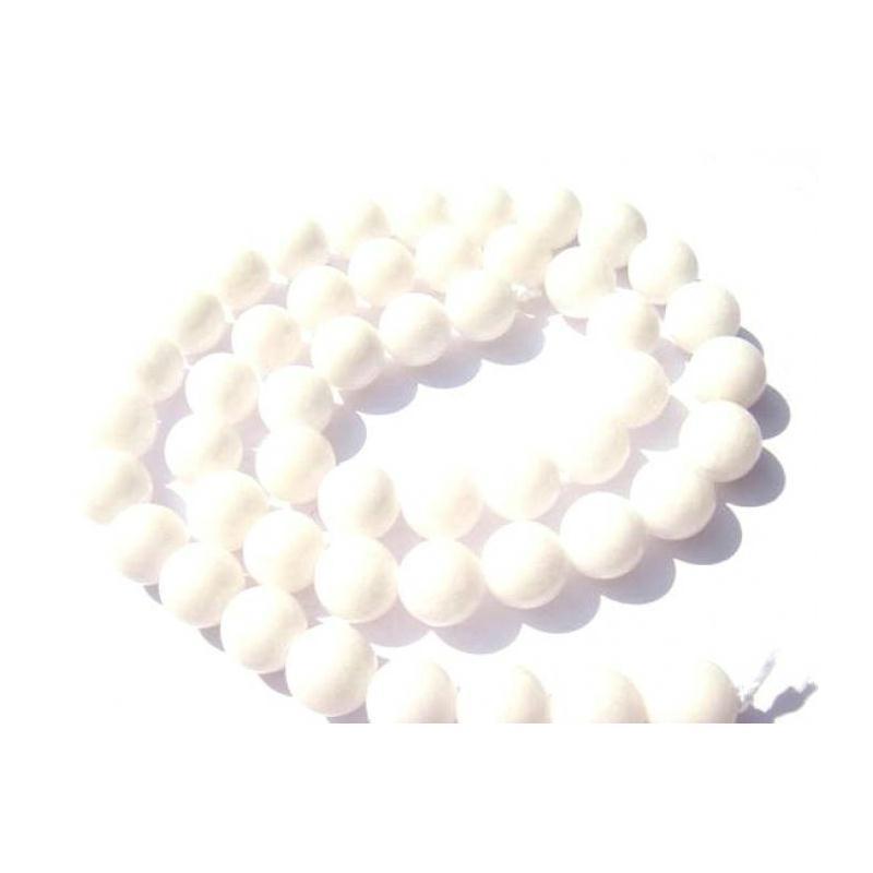 jade teint blanc 10 perles 10 mm de diam tre perle pierre creavea. Black Bedroom Furniture Sets. Home Design Ideas