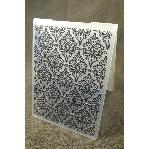 Classeur d'embossage en plastique motif  baroque  format  14.5*10.6*0.3 cm - Photo n°1