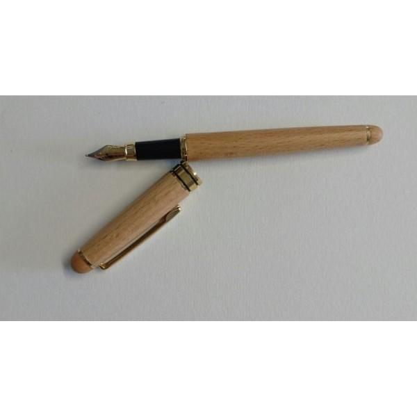 Stylo plume en bois - Photo n°1