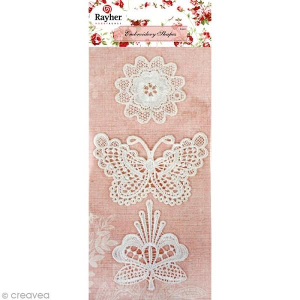 Motif à dentelles fleurs, papillon - 5 à 8 cm x 3 - Photo n°1