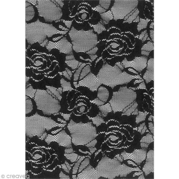 Tissu thermocollant A5 - Dentelle couleur noir motif roses - Photo n°2
