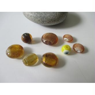 Lot de 8 perles de verre MURANO ton ambre jaune