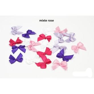 Sachet de 20 nœuds en satin de belle qualite mixte rose