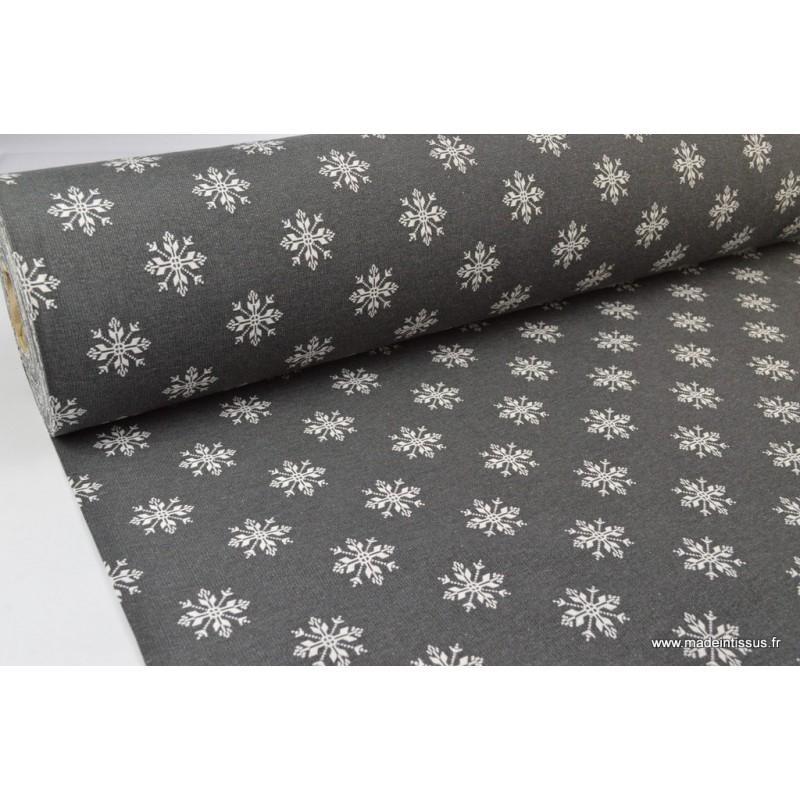 tissu jacquard montagne en grande laize jacquard etoiles flocons gris et blanc x 1m tissu wax. Black Bedroom Furniture Sets. Home Design Ideas