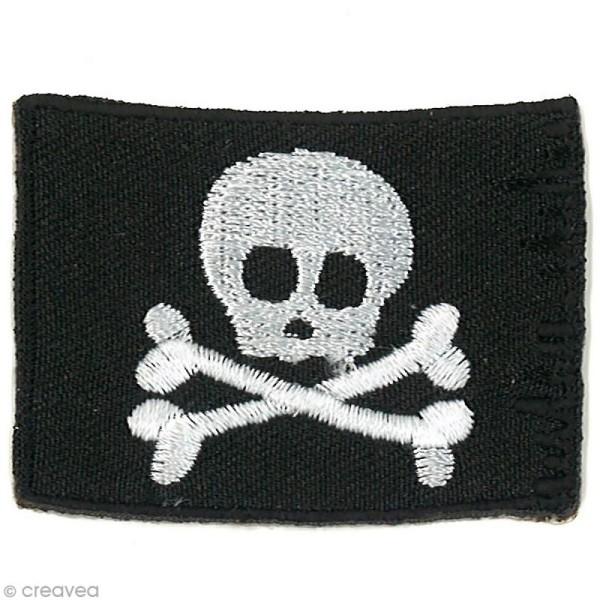 Motif thermocollant Pirates - Drapeau pirate - 5,2 x 3,7 cm - Photo n°1