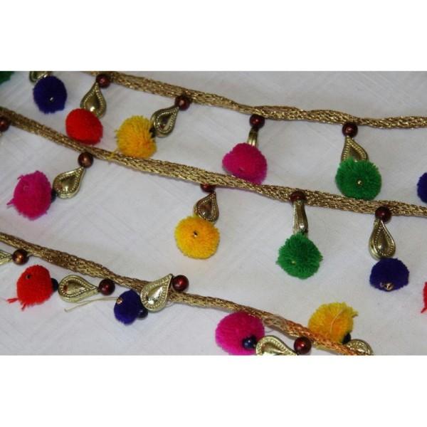 Galon pompons multicolores, ruban pompons et pampille dorée. - Photo n°2