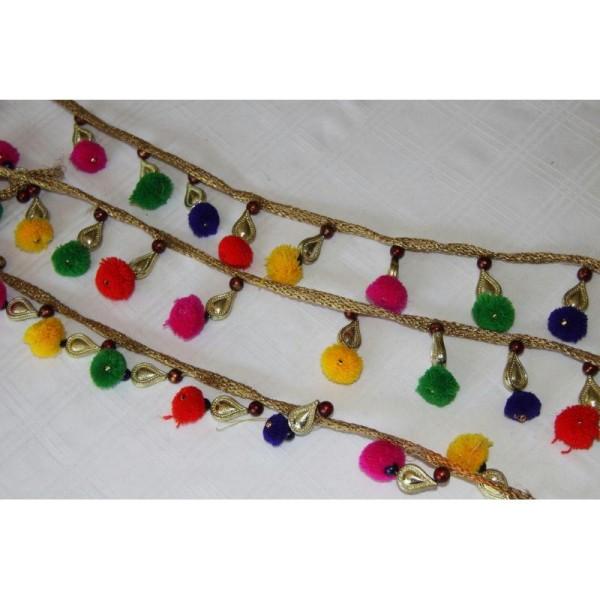 Galon pompons multicolores, ruban pompons et pampille dorée. - Photo n°3