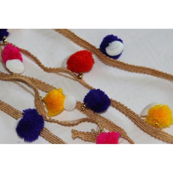 Galon pompons multicolores, ruban pompons et coquillages . - Photo n°1