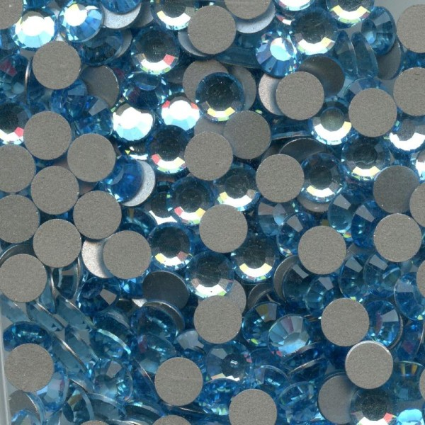 2012 SS20 AQ *** 40 strass Swarovski fond plat NO hotfix 4,7mm AQUAMARINE - Photo n°1