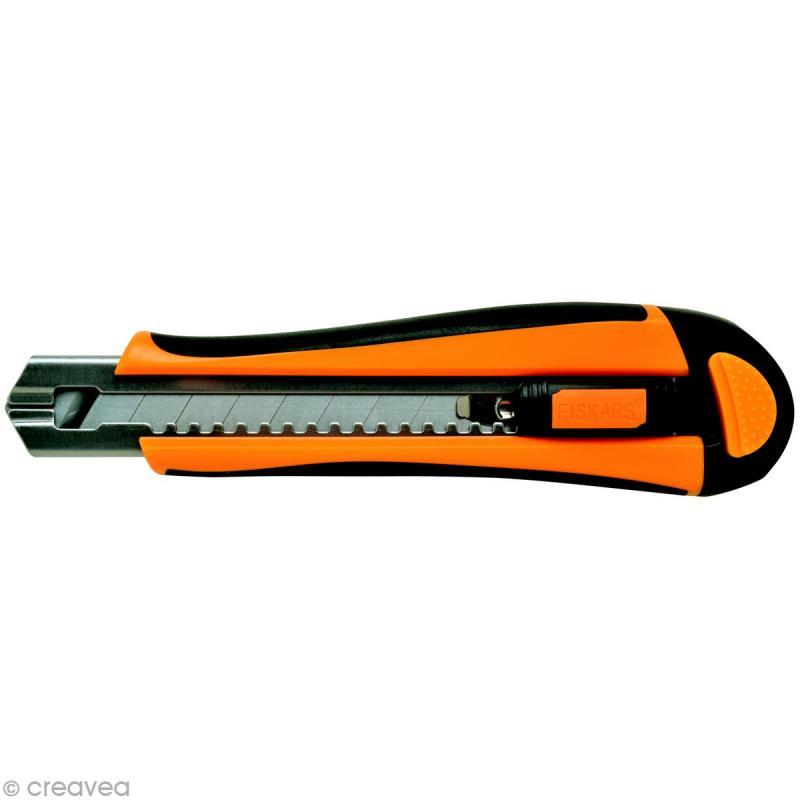 Cutter professionnel auto rechargeable - 18 mm - 5 lames incluses - Photo n°1