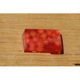 Perle de résine rectangulaire orange: 2.6 cm x 1.6 cm