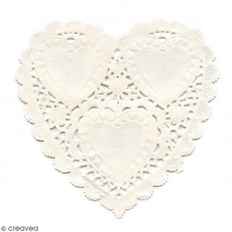 Napperon en papier dentelle - Coeur 10 cm - 12 pcs