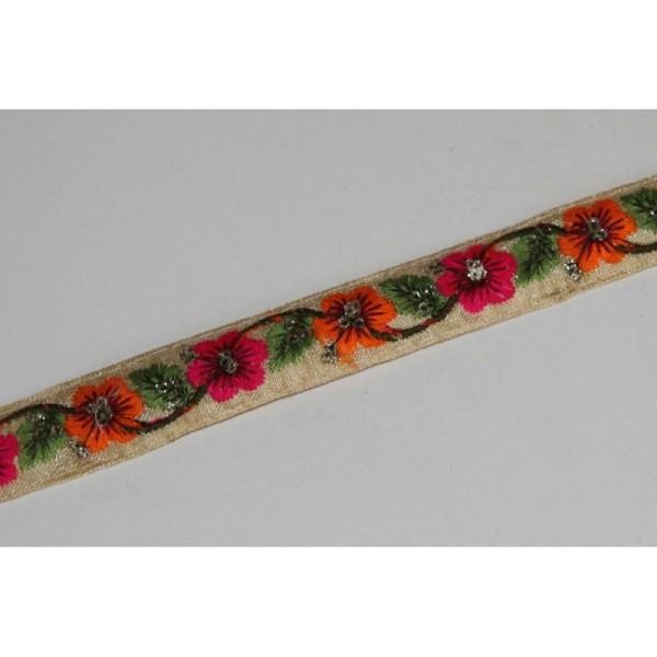 Galon ethnique fleuri, ruban de 2 cm de large. - Photo n°1