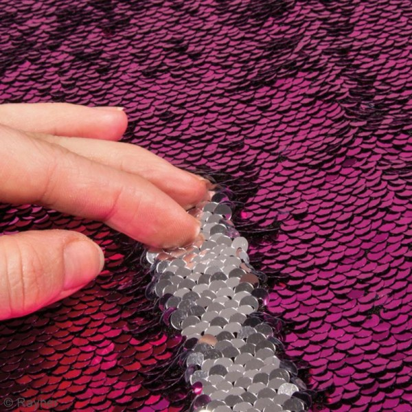 Coupon de tissu à sequins réversibles - Fuchsia / Argenté - 42 x 32 cm - Photo n°2