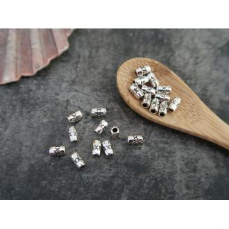 Perles intercalaires tubes grains de riz gravé croix en métal argenté, 5.5 x 3.5 mm, 20 pcs