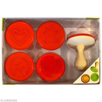 Coffret tampon pour biscuits Funny cuisine - Noël - 5 empreintes + 1 manche