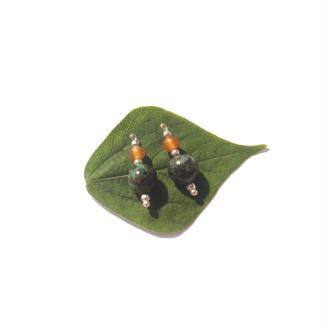 Turquoise Africaine et Corne : Mini pendentifs 2,3 CM de hauteur x 8 MM