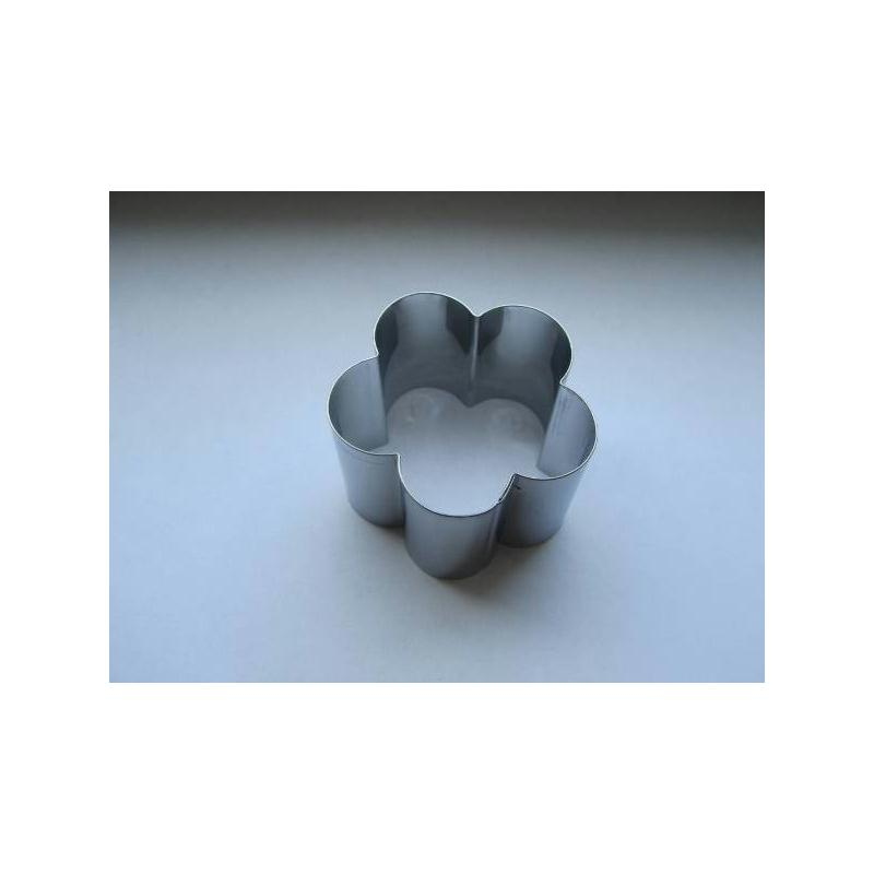 emporte pi ce p tisserie cercle petite fleur emporte pi ce patisserie creavea. Black Bedroom Furniture Sets. Home Design Ideas