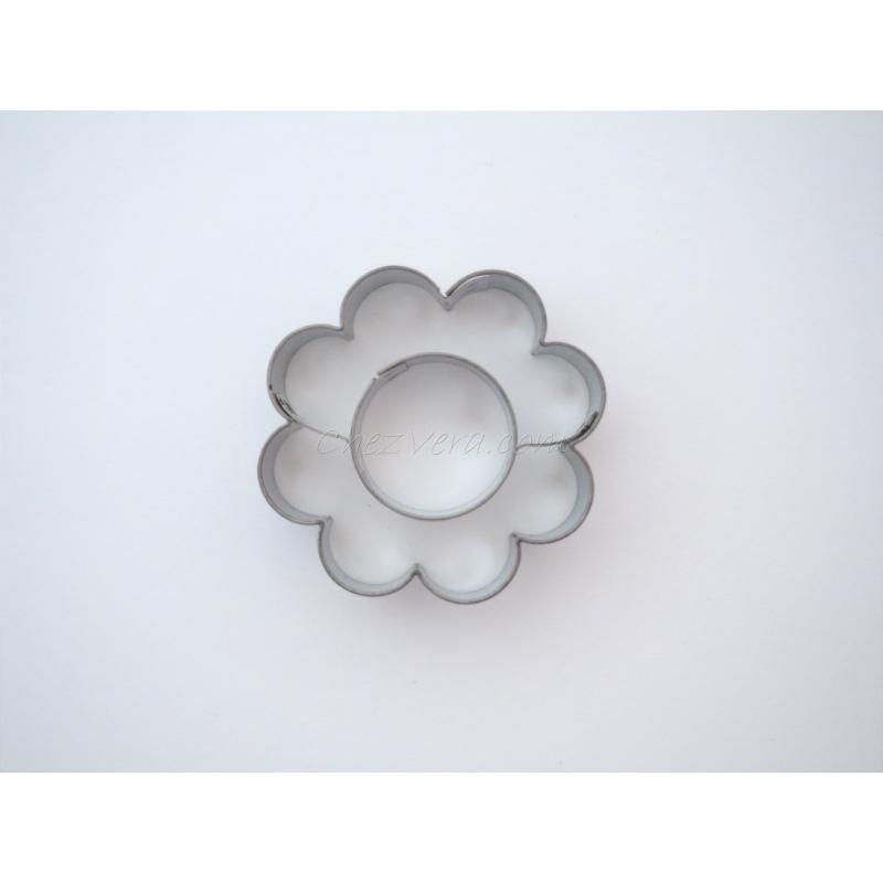 emporte pi ce p tisserie fleur grande avec grand rond emporte pi ce patisserie creavea. Black Bedroom Furniture Sets. Home Design Ideas