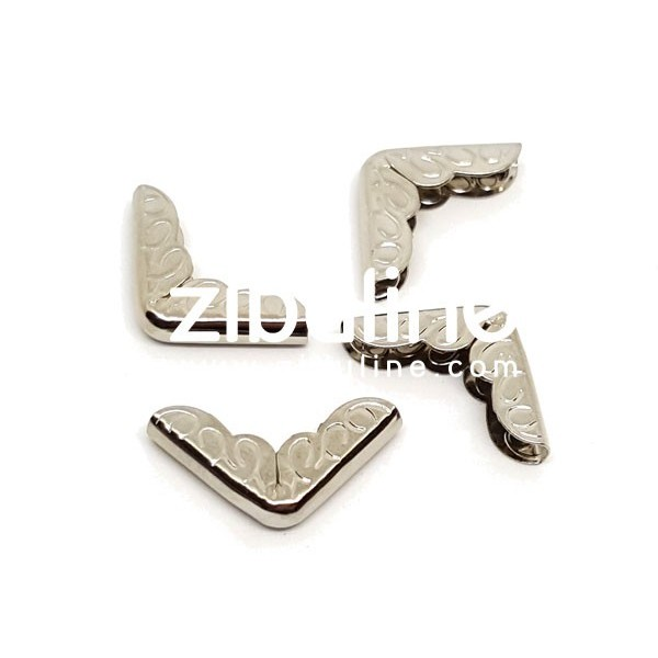 Coins métal - Gravés argentés - Photo n°1