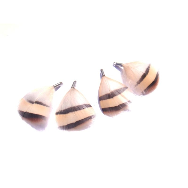 Perdrix : 4 petits pendentifs plumes 3,8 CM de hauteur environ x 2,5 CM max - Photo n°2