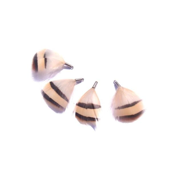 Perdrix : 4 petits pendentifs plumes 3,8 CM de hauteur environ x 2,5 CM max - Photo n°1
