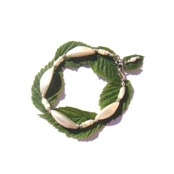 Bracelet Coquillage et Nacre 17,8 à 18,7 CM de tour de poignet x 1 CM - Photo n°1