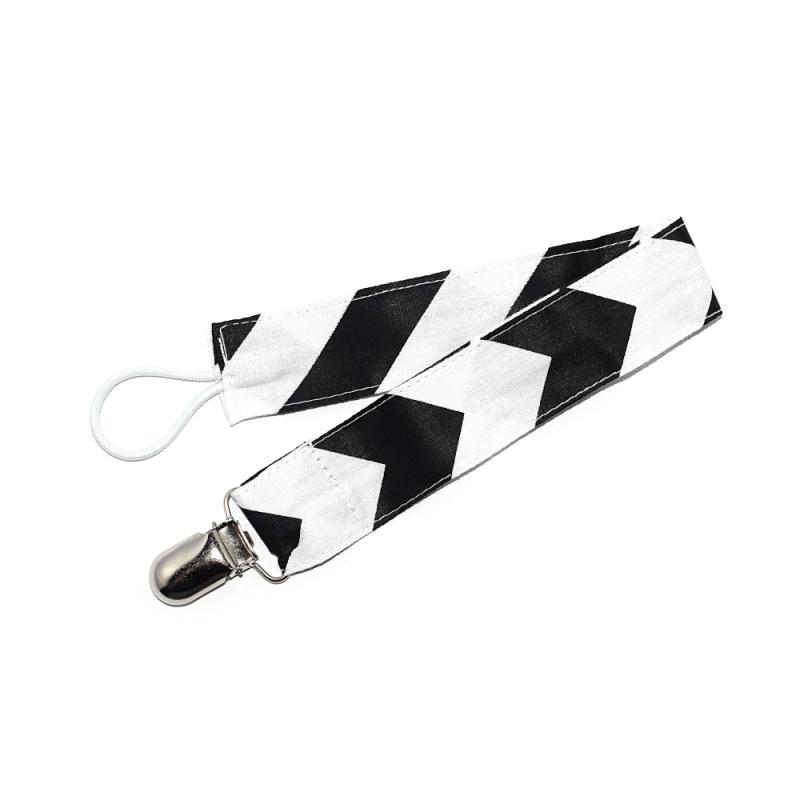 attache t tine tissu noir et blanc sucettes et t tines creavea. Black Bedroom Furniture Sets. Home Design Ideas