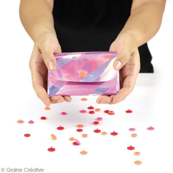 Coupon de tissu holographique - Argenté - 66 x 45 cm - Photo n°2