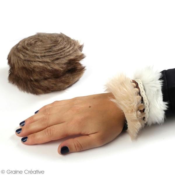 Rouleau de tissu fausse fourrure - Beige - 6 cm x 2 m - Photo n°2